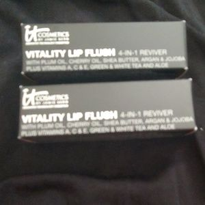 It Cosmetics Vitality Lip Flush, set of 2